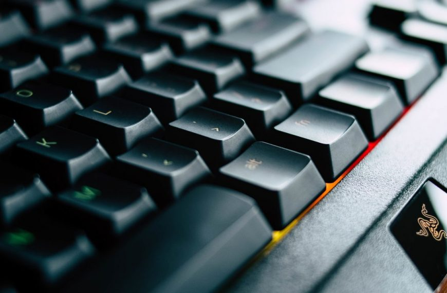 Best Keyboard Cleaner – Buyer's Guide and Reviews